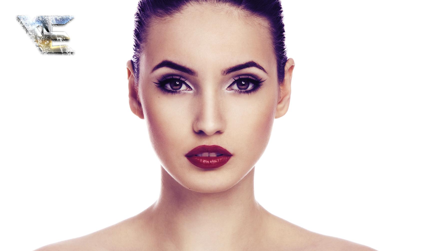 Фото девушек с перманентным макияжем бровей