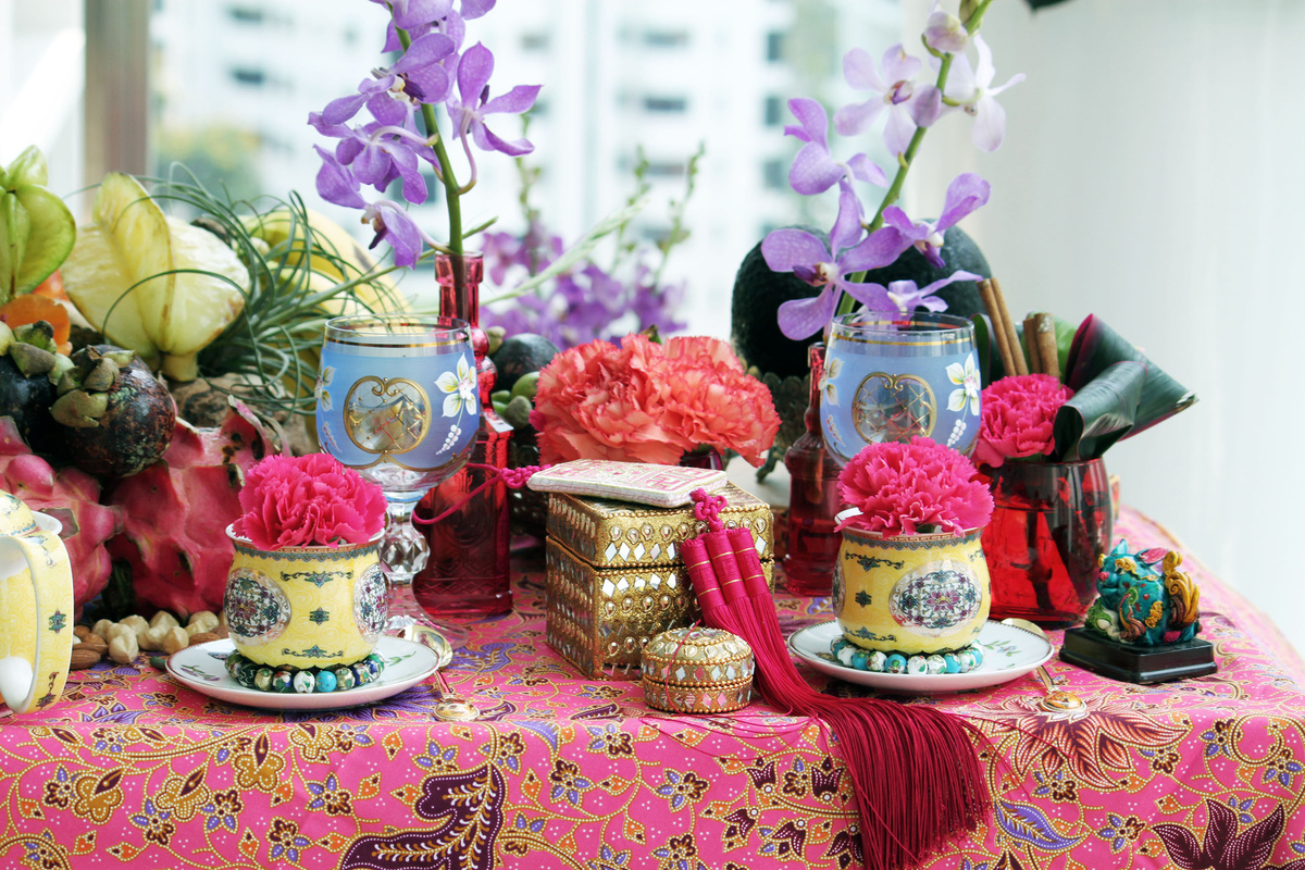 Events stylist Singapore - Batik in pinks